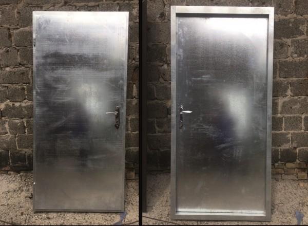 Оцинкованные двери